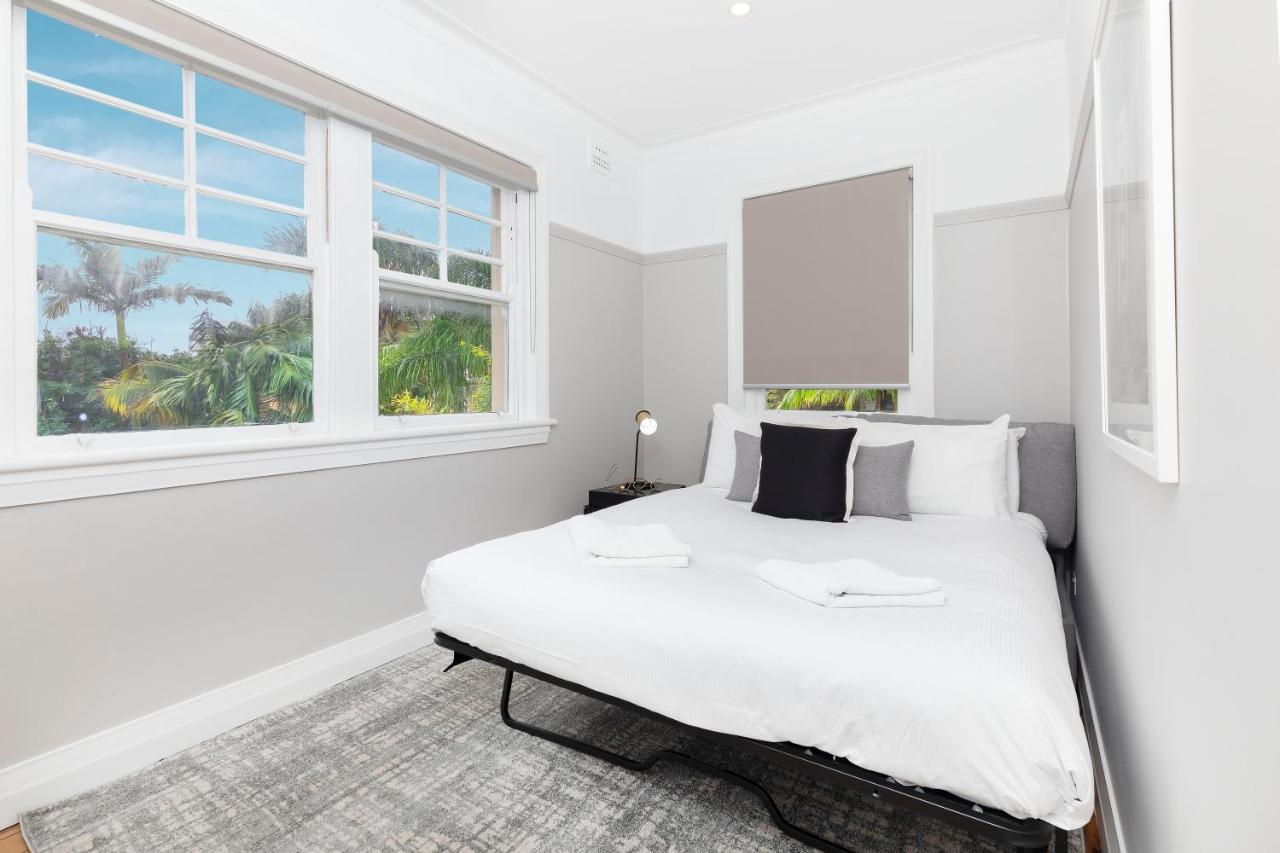 Luxury Two Bedrooms Apartment In Heart Of Manly Photos
