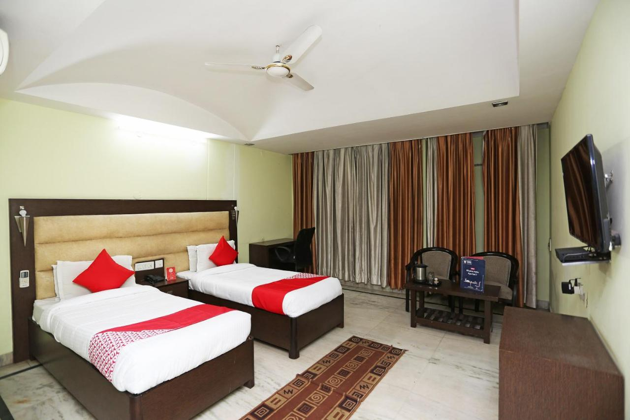 Oyo 23661 Hotel Swagat Palace Photos Opinions Book Now