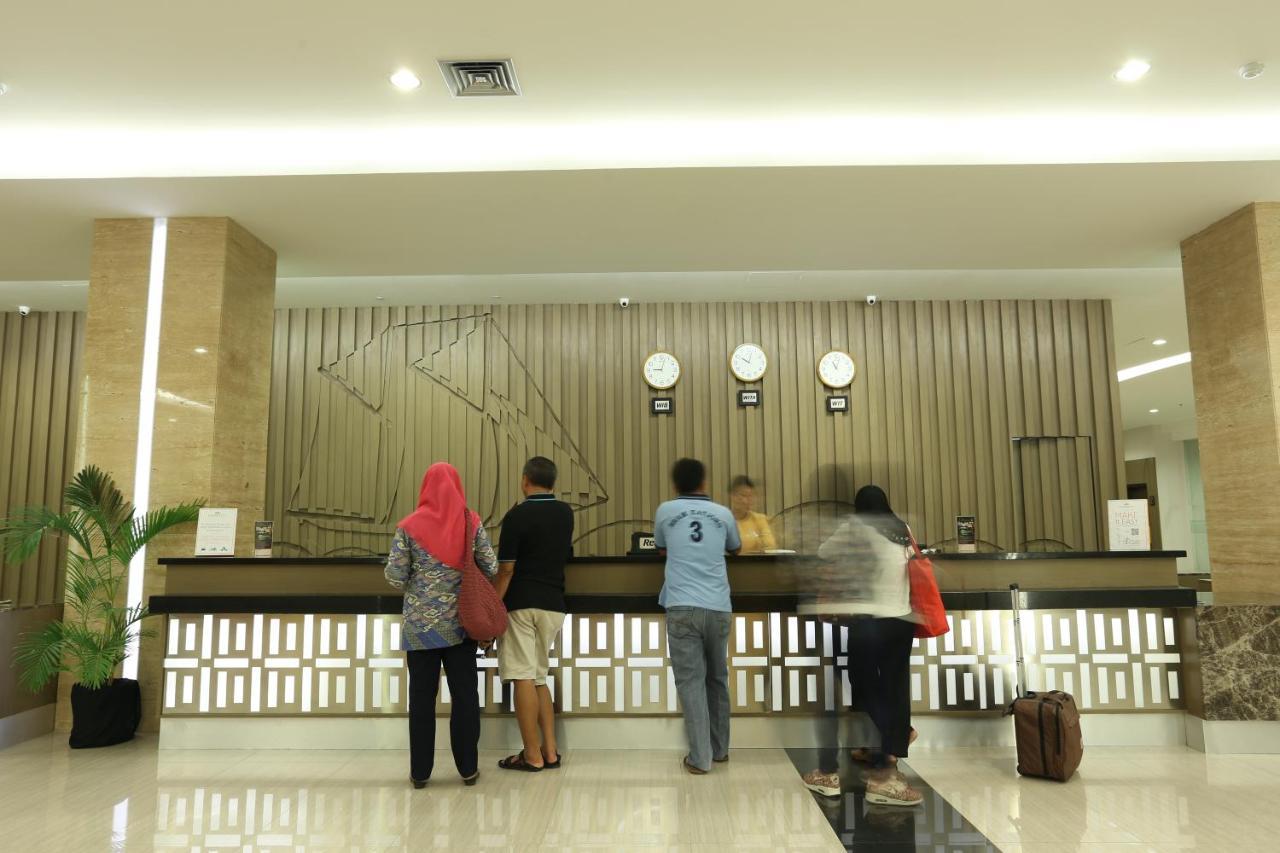 Dalton Hotel Makassar Photos Opinions Book Now Makassar