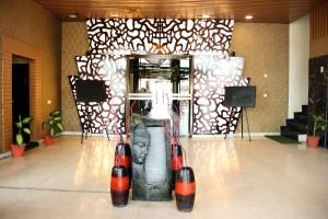 Oyo 779 Hotel The Golden Oyster Pemesanan Arah Navitime