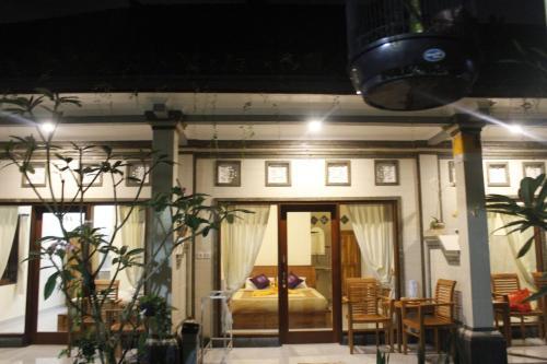 Anila Shanti Guest House Pemesanan Arah Navitime Transit