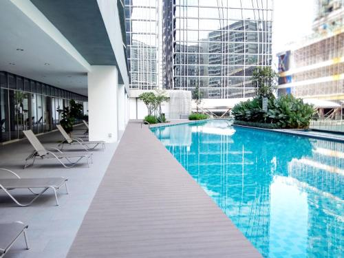 Kl Gateway Pool Suites Near Mid Valley Pemesanan Arah