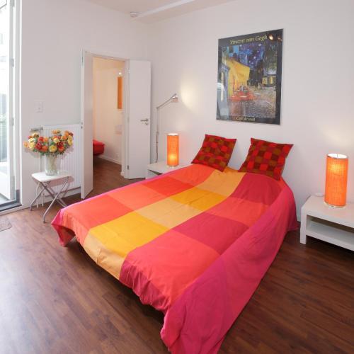 Apartamentos en Amsterdam desde 99  Rumbo