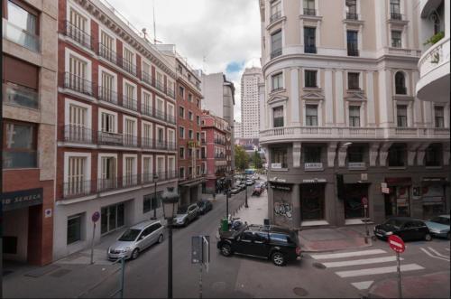 Apartamentos Gran Via Apartamentos Madrid desde 75  Rumbo
