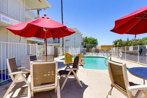 Motel 6 Mesa South Mesa AZ United States Overview  pricelinecom