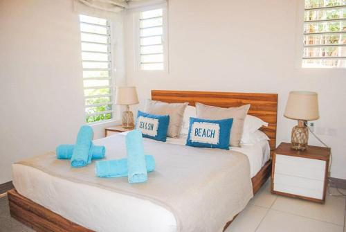 L Escale 3 Bedrooms Sea View And Beachfront Suite By Dream