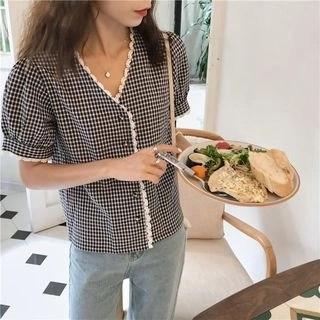 CosmoCorner Check Lace V-Neck Short-Sleeve Blouse