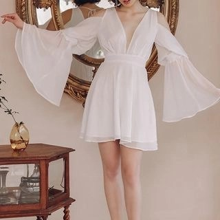 Sincethen V-Neck Long-Sleeve A-Line Dress