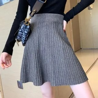KANAMI Mini A-Line Knit Skirt