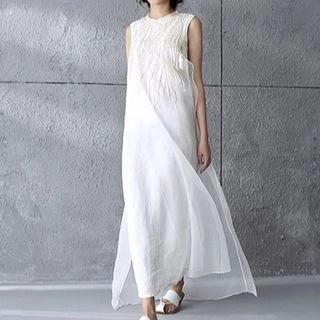 Diosa Embroidered Sleeveless Organza Maxi Dress