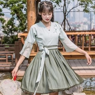 Nuwa Hanfu Set: Elbow-Sleeve A-Line Dress + Camisole Top