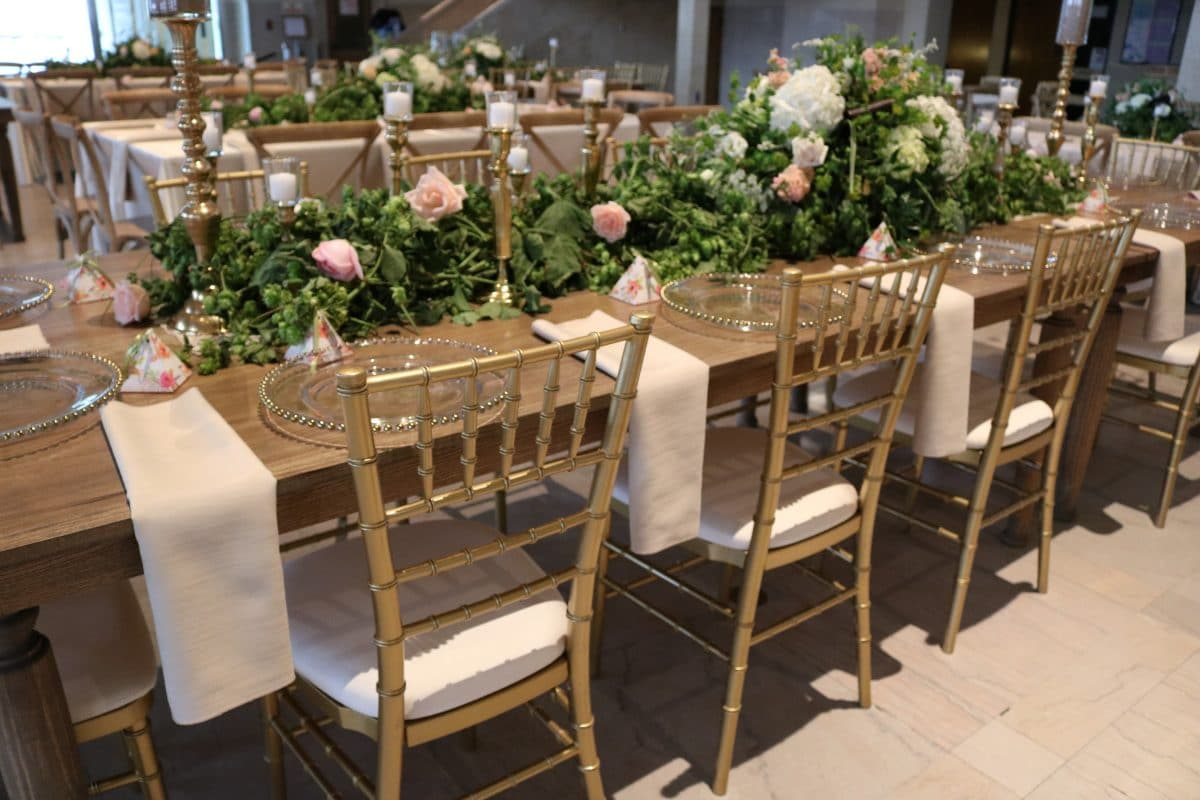 Table And Chair Rentals Prices Chiavari Chairs Chair Cover And Linen Rental Detroit