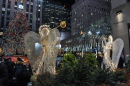 Rockefeller-Center-angels