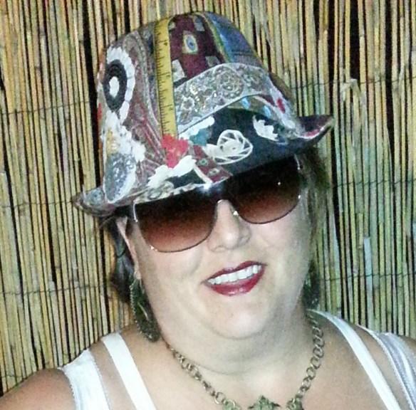 marzy crop hat