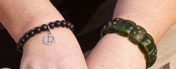 green bracelet LG