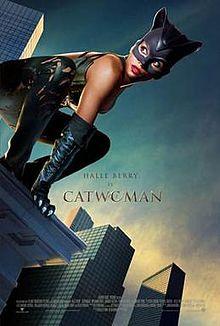 affiche du film Catwoman avec Halle Berry