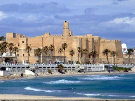 Increased violence in popular tourist locations endangers the fragile tourist industry in Tunisia.