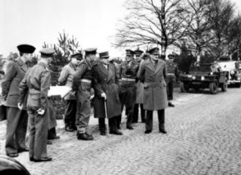 Senior British and French officers during NATO exercise in West Germany (1950)