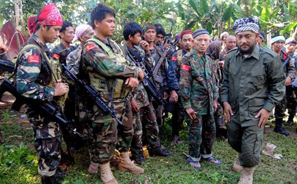 http://www.thefirearmblog.com/blog/2013/02/26/the-guns-of-the-royal-army-of-sulu/