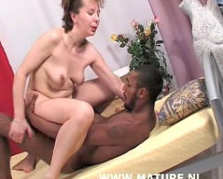 black mature nl