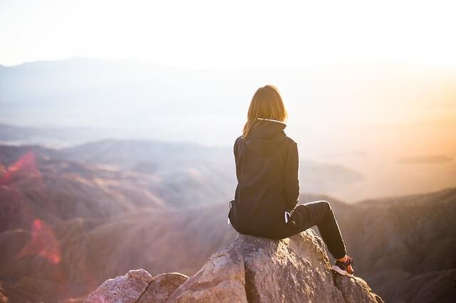 冒険する女性