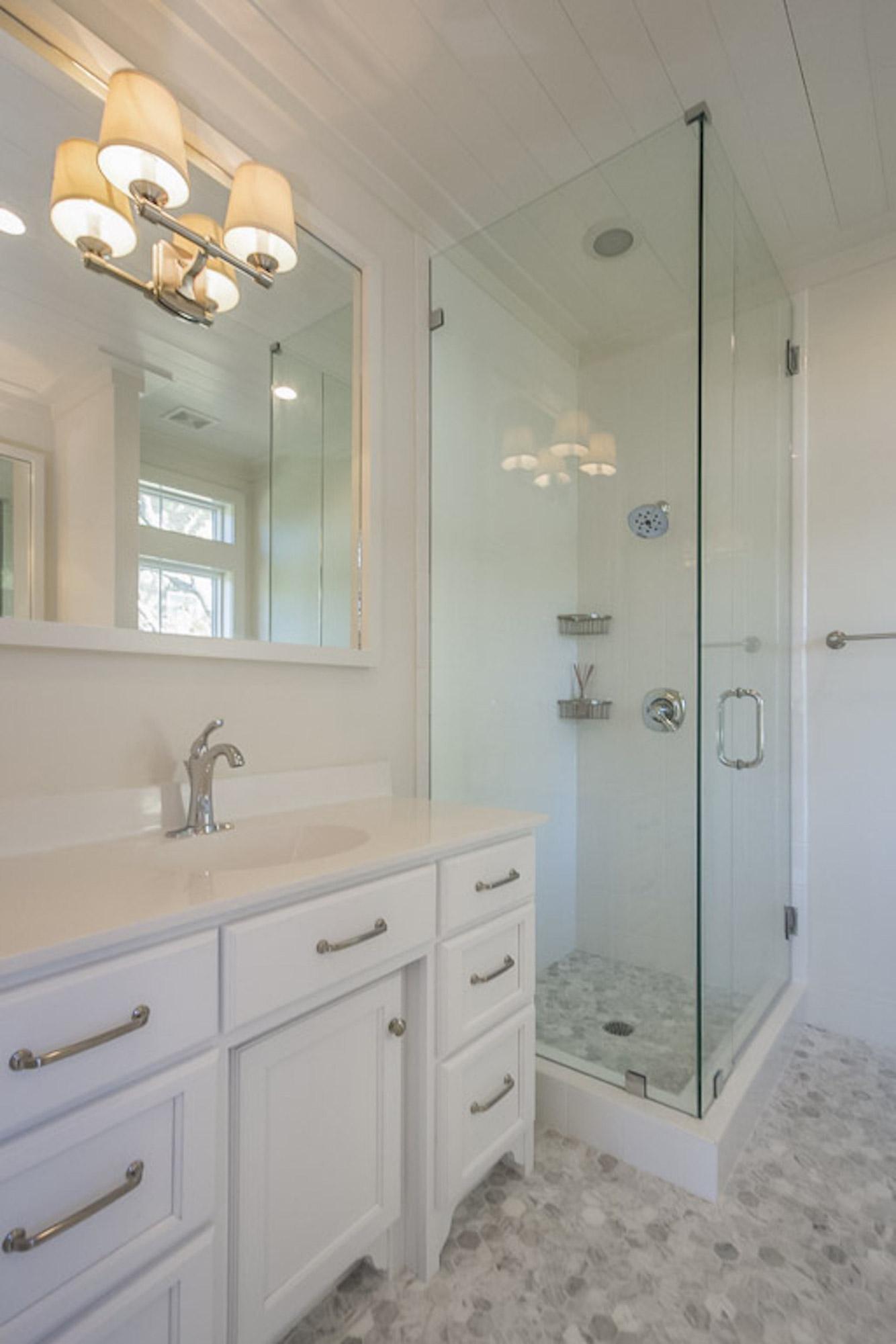 custom modular home bathroom