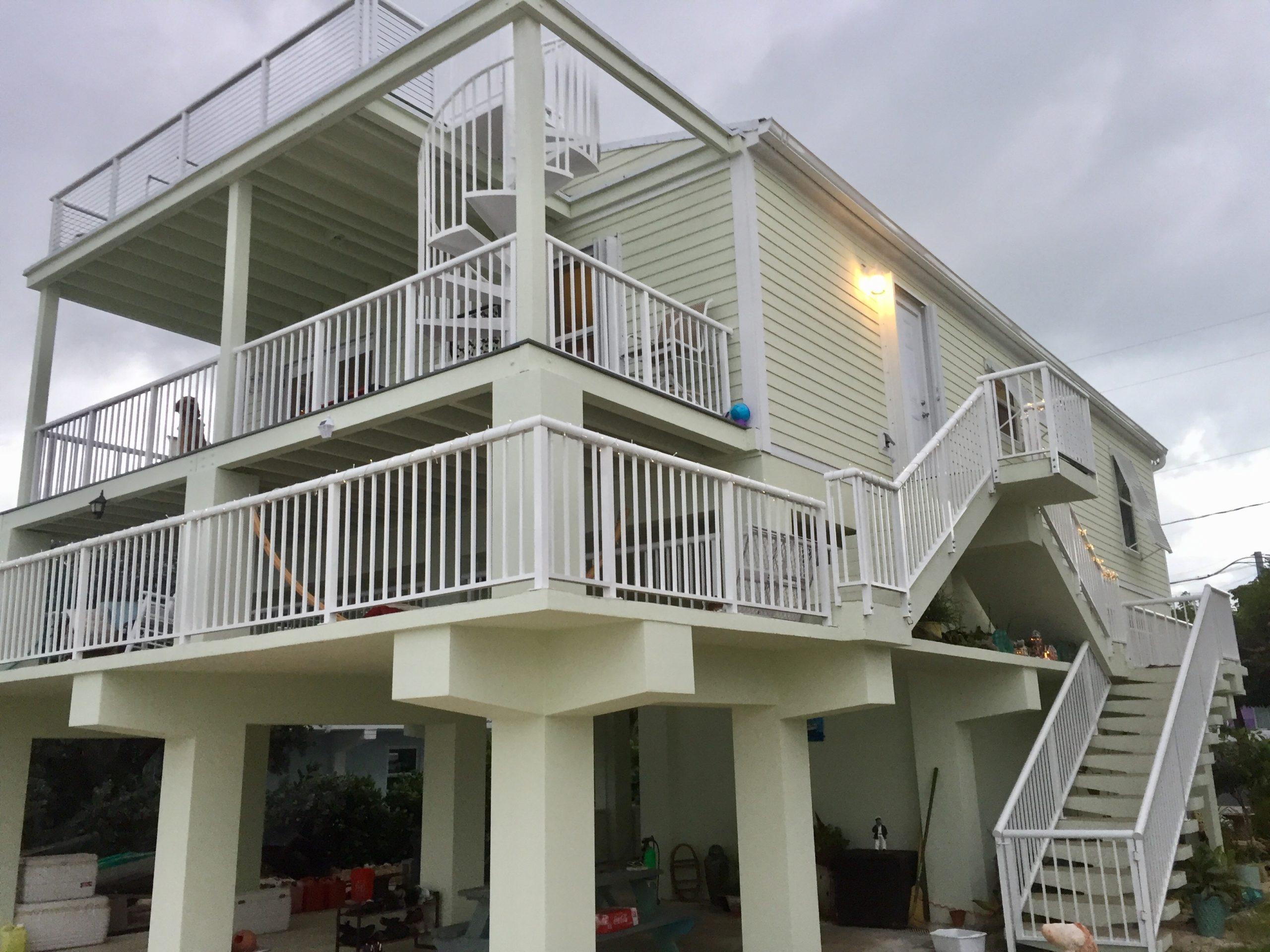 modular home custom stairway