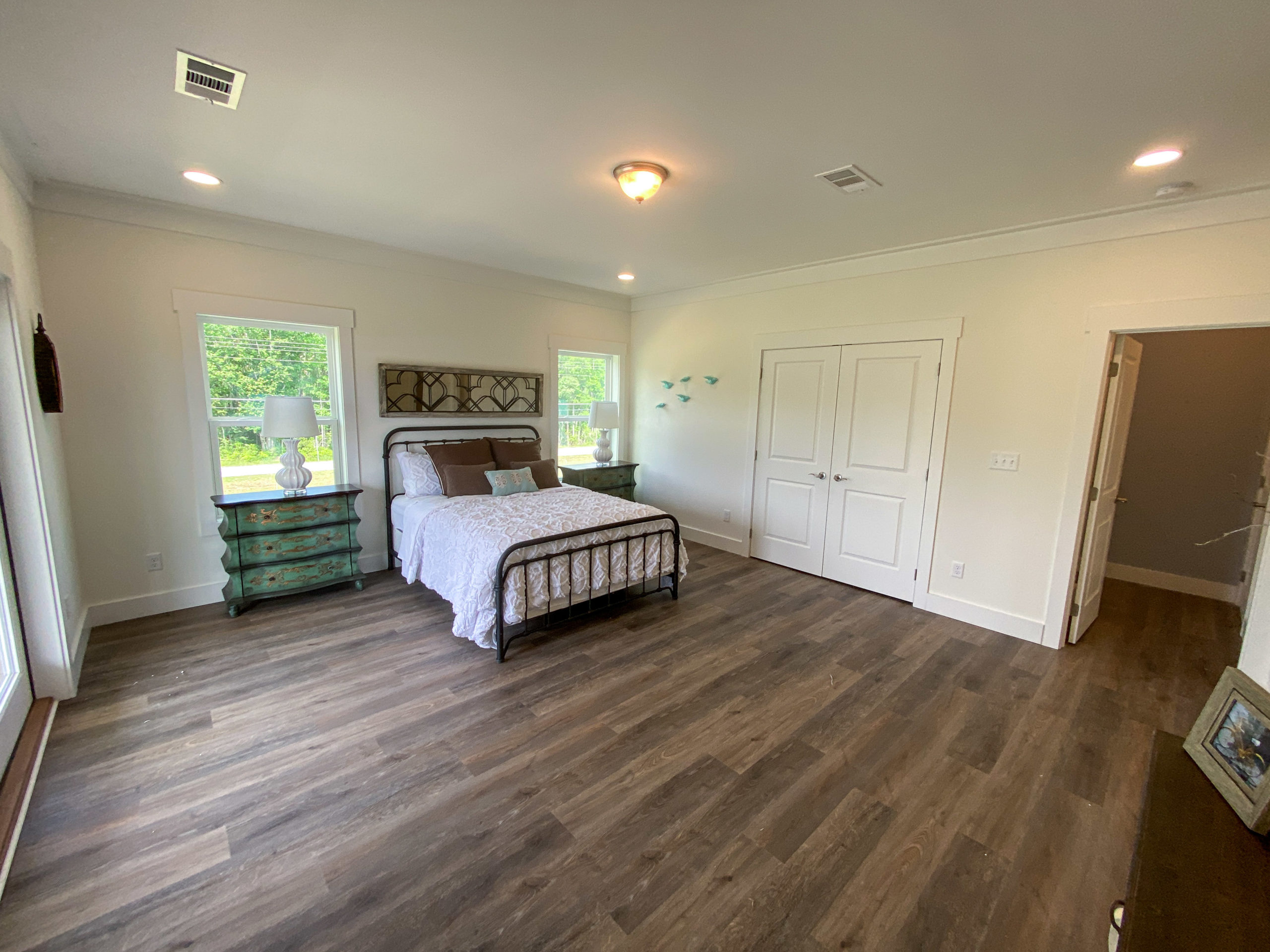 modular home bed room