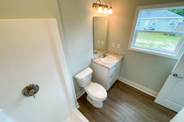 Master Bathroom - 5