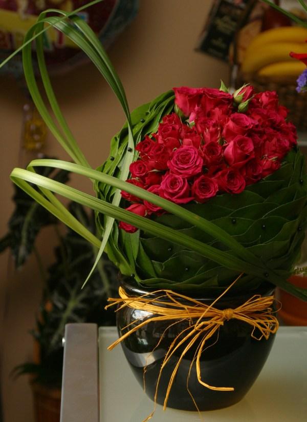 Contemporary Flower Arrangements Designs