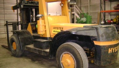 Hyster 30,000 lbs Air Tire Forklift For Sale | Call 616-200