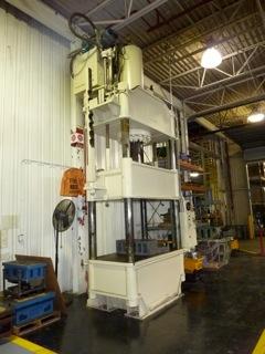 300 Ton Dake Four Post Hydraulic Press Call 616 200