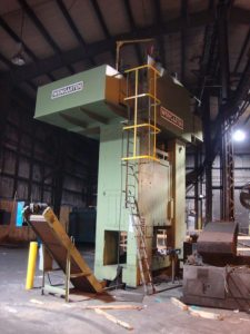 Weingarten 800 Metric Ton Press (1)