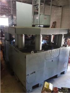 600 Ton Riggers Mfg Hydraulic Gantry Crane 6