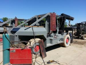 80,000lb Taylor Forklift 2