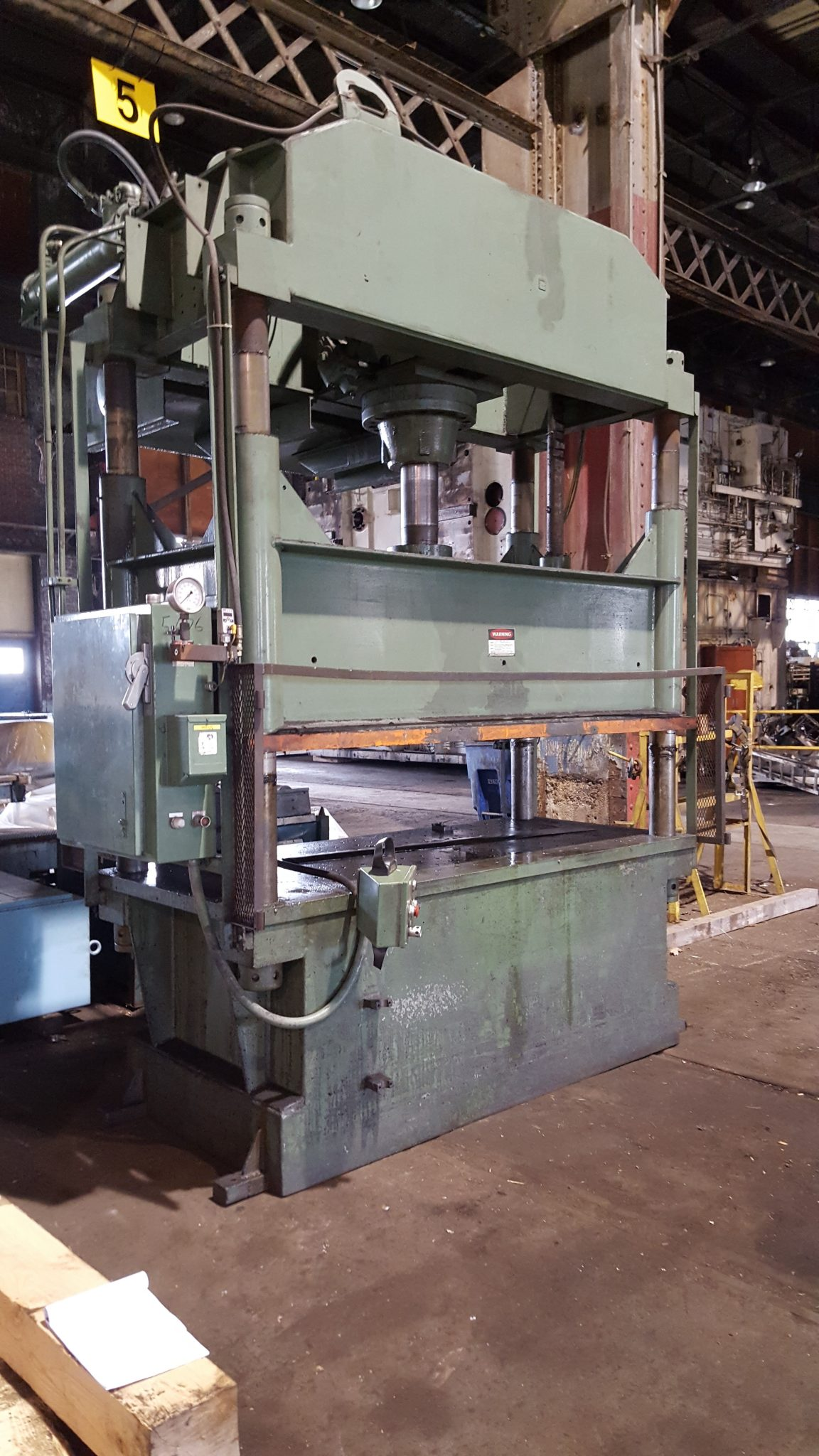 100 Ton Dake 4 Post Down Acting Hydraulic Press For Sale
