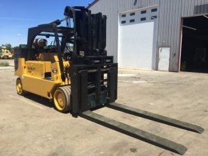 40,000lb. to 60,000lb. Capacity Royal Forklift For Sale (1)