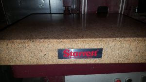 starrett-pink-granite-surface-plate-24-x-18-x-3-78-for-sale-1