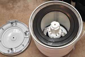 How to clean Honeywell 50250-s air purifier