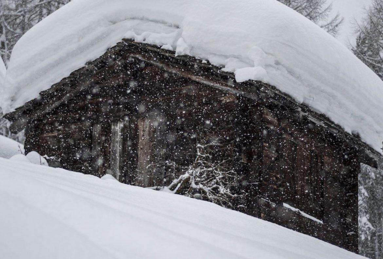 Dumpster Uses for Winter Season in Winnipeg – Residential