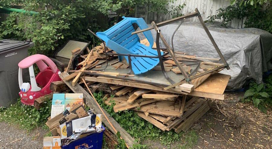 Backyard Dumpster Winnipeg