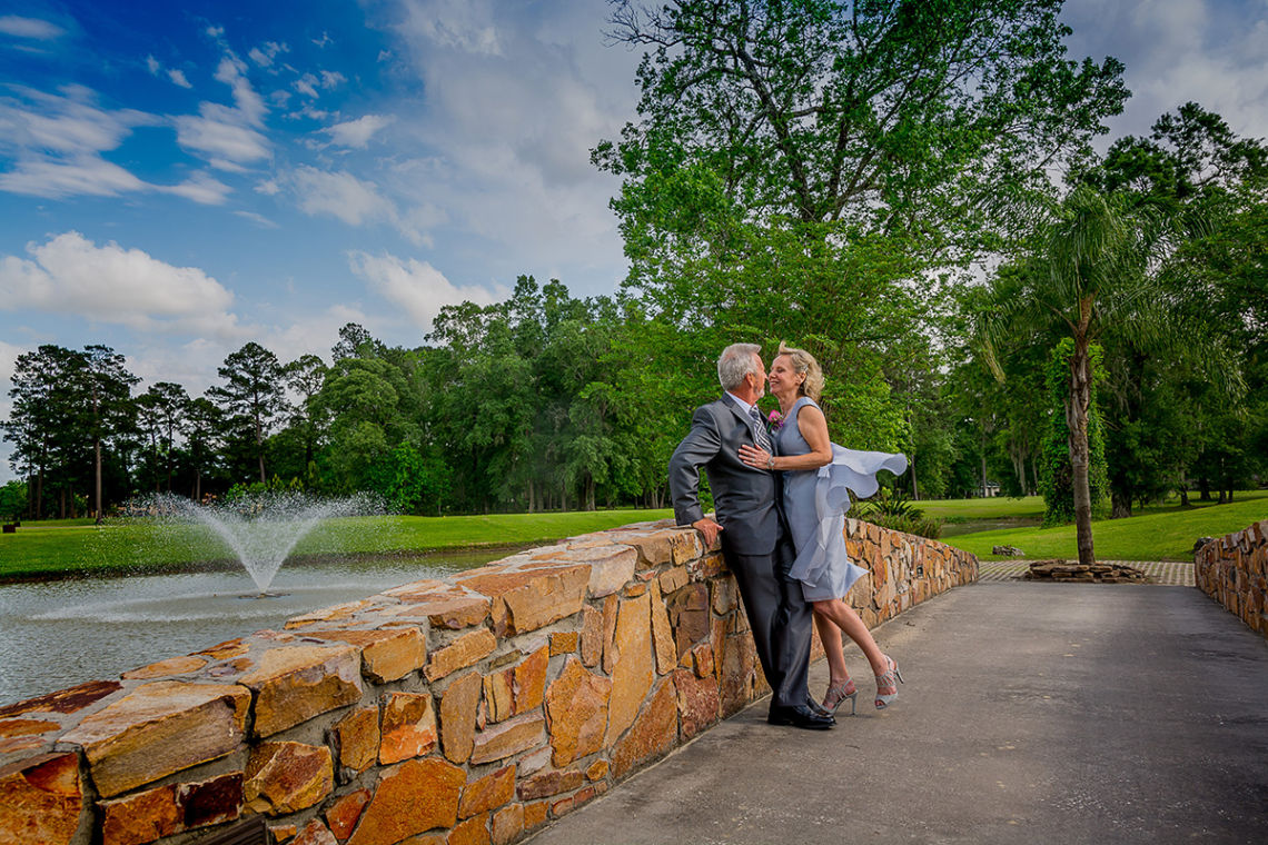 Affordable Houston Wedding Photography: The Lloyd-Davies' Outdoor Wedding