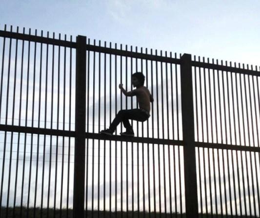 Borderwallbrownsvile1