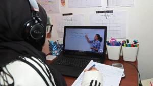 كيف يمكنك أن تجعل عملية التعليم عن بُعد عملية ناجحة؟!