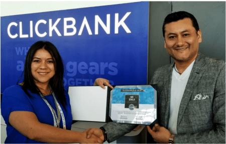 Gus Sevilla, premio Platino de Clickbank