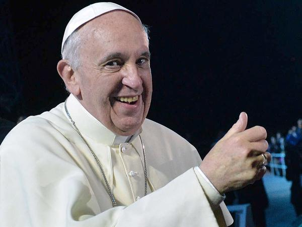 Pope-Francis-thumbs-up