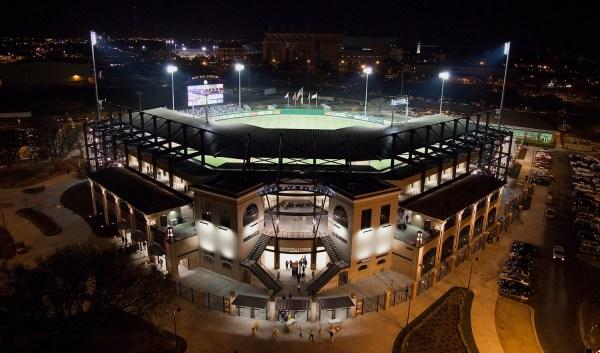 Louisiana State Universityalex Box Stadium - Aillet