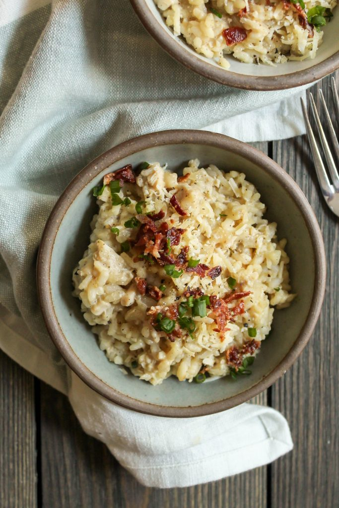 creamy, decadent, over-the-top risotto with smoky bacon, farmhouse cheddar cheese, and shredded rotisserie chicken. an ultimate comfort food for a cozy night in. bacon, cheddar and chicken risotto | a flavor journal food blog