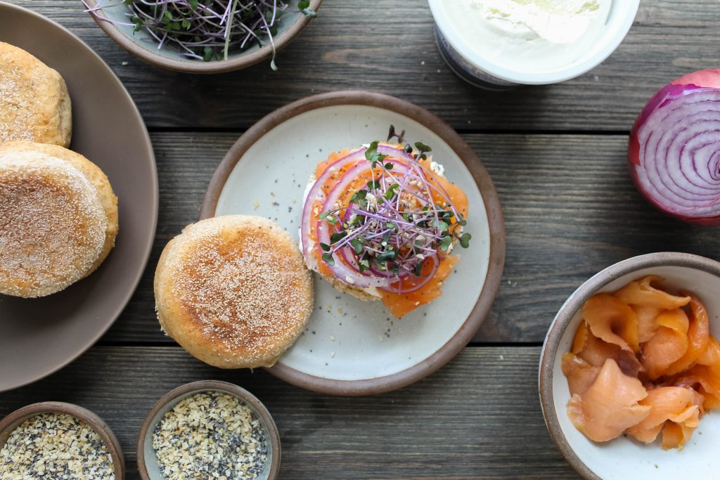 easy everything bagel seasoning is perfect to have on hand. finish scrambled eggs, bagels and lox, avocado toast, or any other breakfast with this awesomely simple blend of spices! everything bagel seasoning | a flavor journal food blog