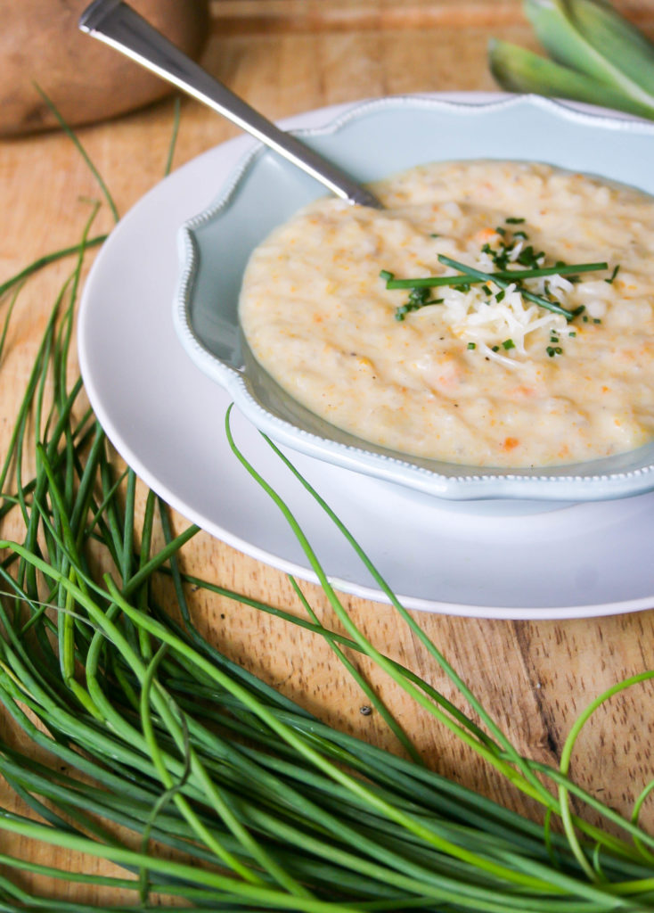 creamy slow cooker potato leek soup | a flavor journal